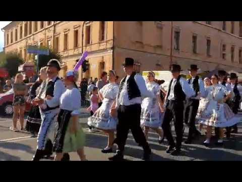 Atmosféra jarmoku v Spišskej na VIDEÁCH: Slávnostné otvorenie aj nočná zábava
