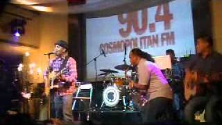 Glenn Fredly - Selamat Pagi Dunia live at Hard Rock Cafe Jakarta 2010
