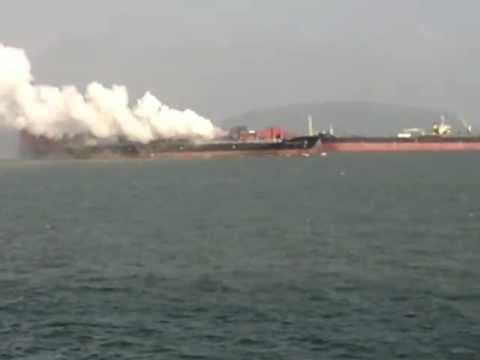 Контейнеровоз с украинцами на борту горит в Индии - Центр транспортных стратегий