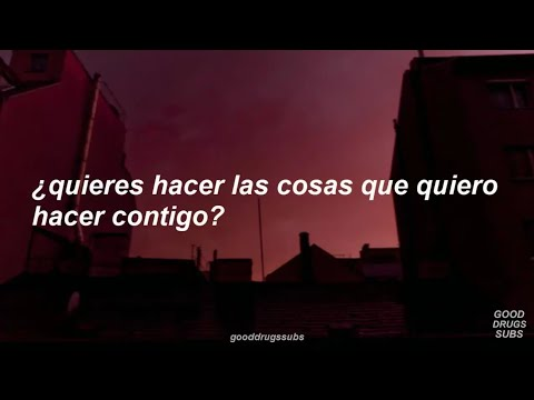 Clairo - Hello? feat. Rejjie Snow (Sub. Español) (видео)