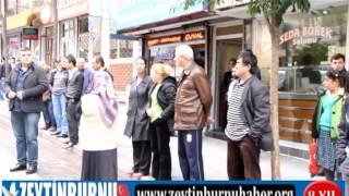 Zeytinburnu Ahmet Yesevi Caddesini Halk Trafiğe Kapatı