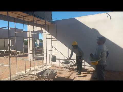 A galera dá Luma engenharia , na construção dá creche em Pindaí