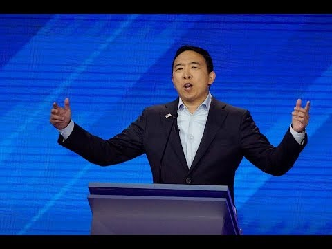 2020 Democratic hopeful Andrew Yang holds a town hall at The Simon Center in Henniker, N.H.