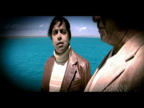 Akshay Kumar Sees Through His Dead Father's Eyes - 8 x 10 Tasveer