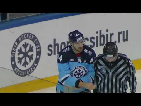 KHL Fight: Artyukhin VS Viksna (видео)