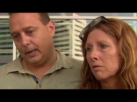 Calls - Erin McLaughlin speaks to the loved ones of an MH17 victim and describes the scene at the airport in Amsterdam. More from CNN at http://www.cnn.com/ To license this and other CNN/HLN content,...