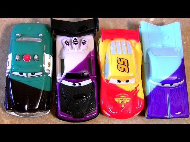 voitures cars qui changent de couleur inedit color changers flash mcqueen part 1. Black Bedroom Furniture Sets. Home Design Ideas