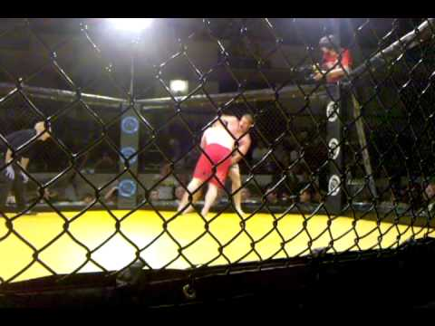 Lee Beane vs Christian Morecraft at CFX 9 May 28 2010