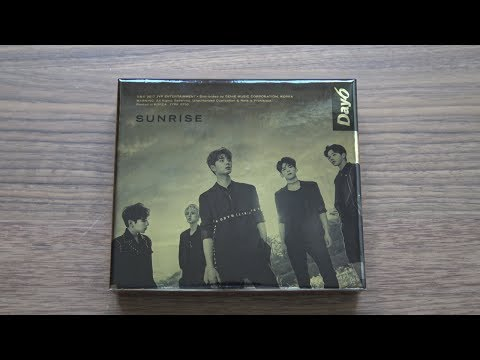 Unboxing DAY6 데이식스 1st Studio Album Sunrise (видео)