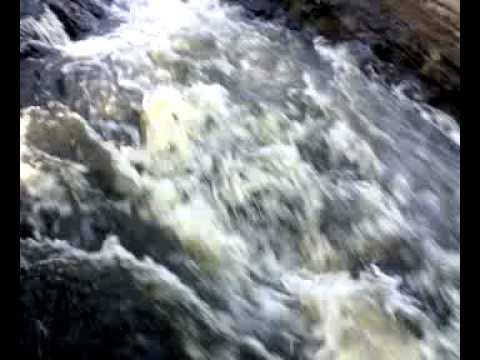 Cachoeira do Roncador em Nazaré