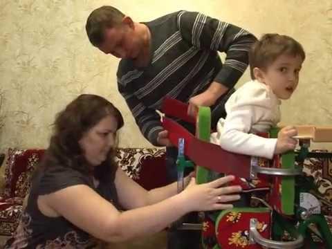 Семья Бесчетвертевых просит помочь в сборе денег на лечение их дочери