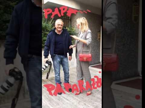 """Alessia Marcuzzi smaschera il paparazzo: """"non sono incinta"""""""