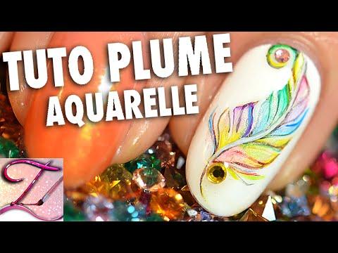 nail art - effetto piume multicolore