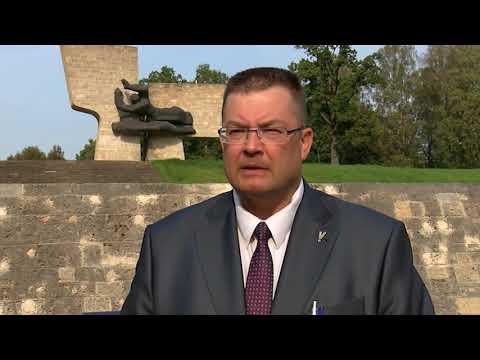 Atjauno Otrajā pasaules karā kritušo karavīru un civiliedzīvotāju memoriālu Valmierā