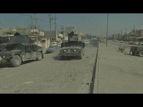 Εντείνονται οι μάχες για τον έλεγχο της Μοσούλης