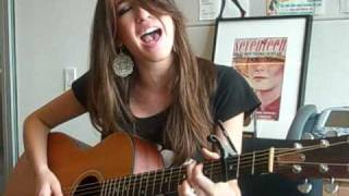 Kate Voegele Sings For Seventeen