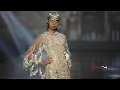 ABSOLUTEX: Megahnya Show Couture Pertama Tex Saverio видео