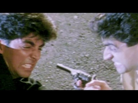 Akshay Kumar fights with Mohnish Behl - Dancer, Action Scene 5/10