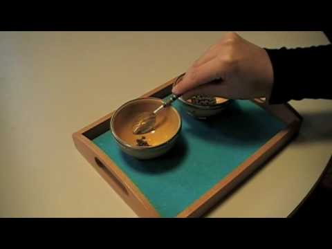 Montesori - Practical Life - Preliminary Exercices - Spooning Grains