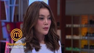 Video MASTERCHEF INDONESIA - Chef Juna Curiga Dengan Menu Daniar  | Gallery 2 | 17 Maret 2019 MP3, 3GP, MP4, WEBM, AVI, FLV Maret 2019