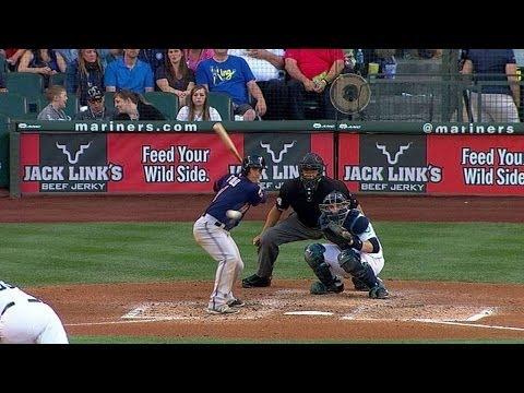 MIN@SEA: Fuld laces a solo home run to right field