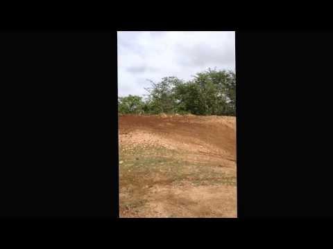Treino de curva no circuito de motocross em Crateús/CE - piloto Emanoell Castro