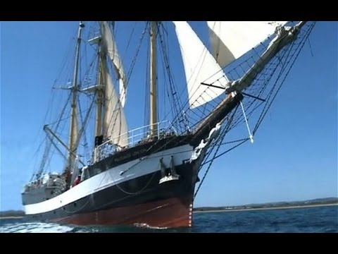 Diamond Jubilee: On board a Thames Jubilee Pageant Tall Ship – Video