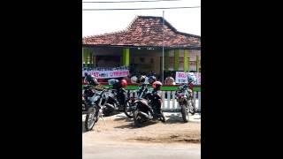 Video Demo Masyarakat Putren Tentang Perselingkuhan Kepala Desa Dengan Bidan Setempat MP3, 3GP, MP4, WEBM, AVI, FLV Februari 2018