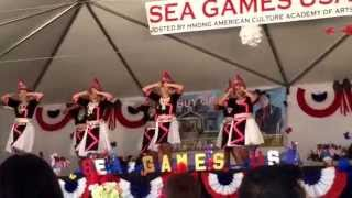 Hmong Sea Games 2015 - Ntxhais Cawm Seej (performance 2)