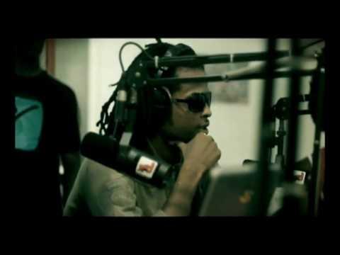 Lieutenant - Le premier clip du premier album solo de KALASH! Issu du terroir ultra-riche du reggae-dancehall underground martiniquais, le jeune KALASH propose aujourd'hu...