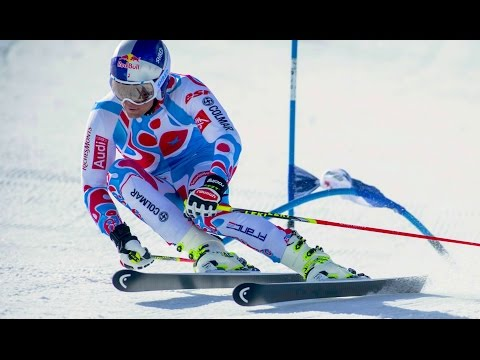 SKI - CLICK CC for English!!! With a 2013-2014 ski race season consisting of wins in Special, Giant, Super-G, and a first Olympic medal at only 22 years, Alexis Pinturault is starts the 2014 winter...