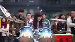 Cewek jago main Drum