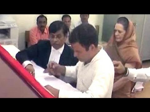 Rahul Gandhi flanked by entire family files nomination from Amethi