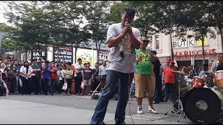 Video orang gila suara best dan power feat sentuhan buskers cover mojo&search-roman cinta&seroja MP3, 3GP, MP4, WEBM, AVI, FLV September 2018
