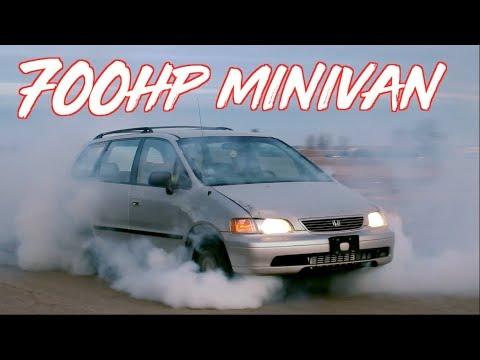 Raju perheauto: 700HP Honda Odyssey Minivan