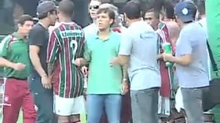 Porrada pelo rebaixamento do Coritiba em 2009 SE INSCREVA!!!!!!!!!!!!!!!!!!!!!