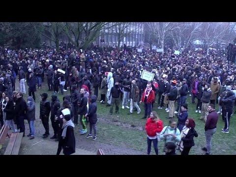 Πεδίο μάχης το προάστιο Μπομπινί στο Παρίσι