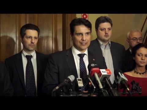 Tényszerű jelentést kér a Velencei Bizottságtól a baloldali ellenzék