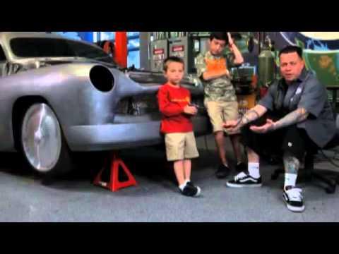 Everyday Icon Ryan Friedlinghaus of TV's 'West Coat Customs' On Carhartt Workwear (видео)