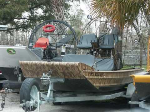 Bowfishing Across North America.wmv