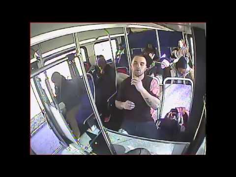 Policija objavila jezivi snimak predoziranja u autobusu (video)