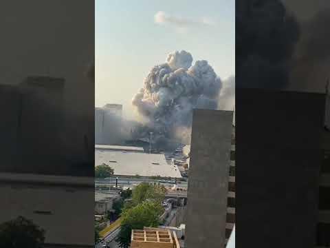 detik-detik ledakan di lebanon / explosin in lebanon
