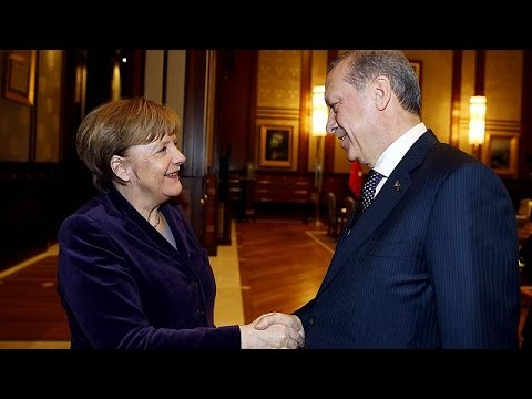 Κοινή προσπάθεια Γερμανίας – Τουρκίας για ανάμειξη του ΝΑΤΟ στο προσφυγικό