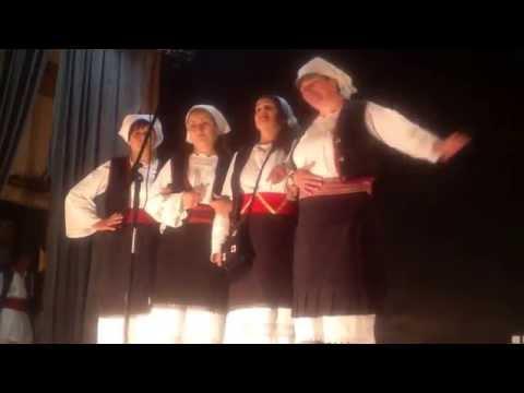 Ženska pevačka grupa ZU Banijaca - Smilje Mara pokraj puta brala