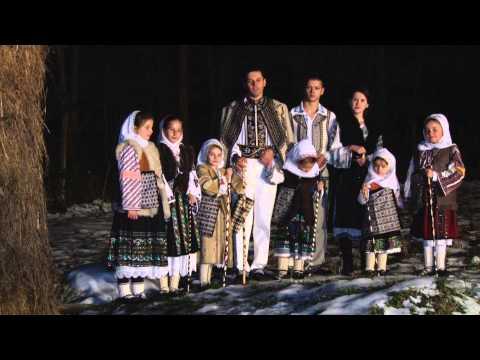 Colinde-Ionut Tudorescu-Floare de mar floare de crin [Official Video]NOU 2013-2014