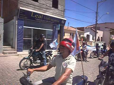 Motoqueiros de Aracatu saem em passeata a favor da candidata Braulina Lima