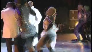 Download Lagu King Kester en Duo avec Tabu Ley - Christina olympia 2002 Mp3
