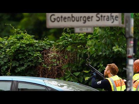 Βερολίνο: Σχολείο αποκλείστηκε από αστυνομικές δυνάμεις…