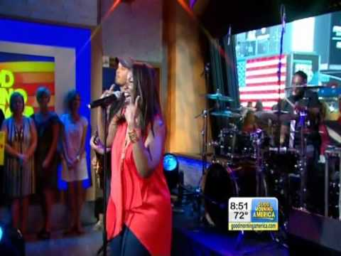 Video Mandisa Sings