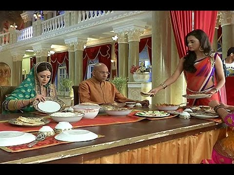 Swaragini | Ragini TROUBLES Maheshwari Family | 11